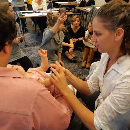 קורס טיפול בילדים בטווינא – חודש מאי בתל אביב 2020